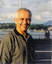 Dr Roberto Giraldo